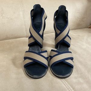 Cross strap Tory Burch Sandal